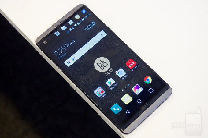 lg-v20-hands-on-bn