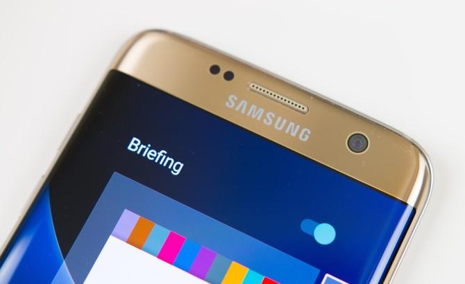 Samsung-Galaxy-S7-Edge-front-facing-camera.jpg